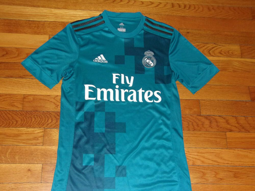 new styles 75795 bb0f8 ADIDAS CLIMACOOL REAL MADRID SHORT SLEEVE SOCCER JERSEY MENS ...