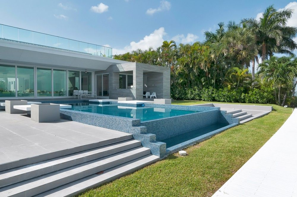 Gallery Of Gross Flasz Residence One D B Miami 12 Architecture House Design Luxury Homes