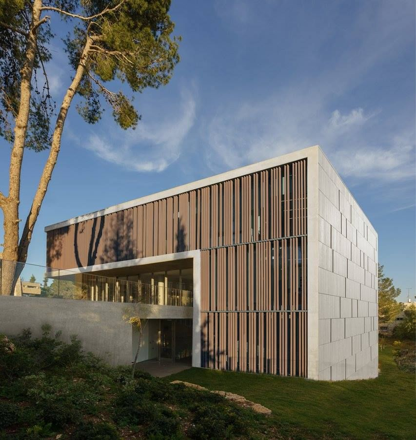 Academy of Advanced Studies / Chyutin Architects | Studio ...
