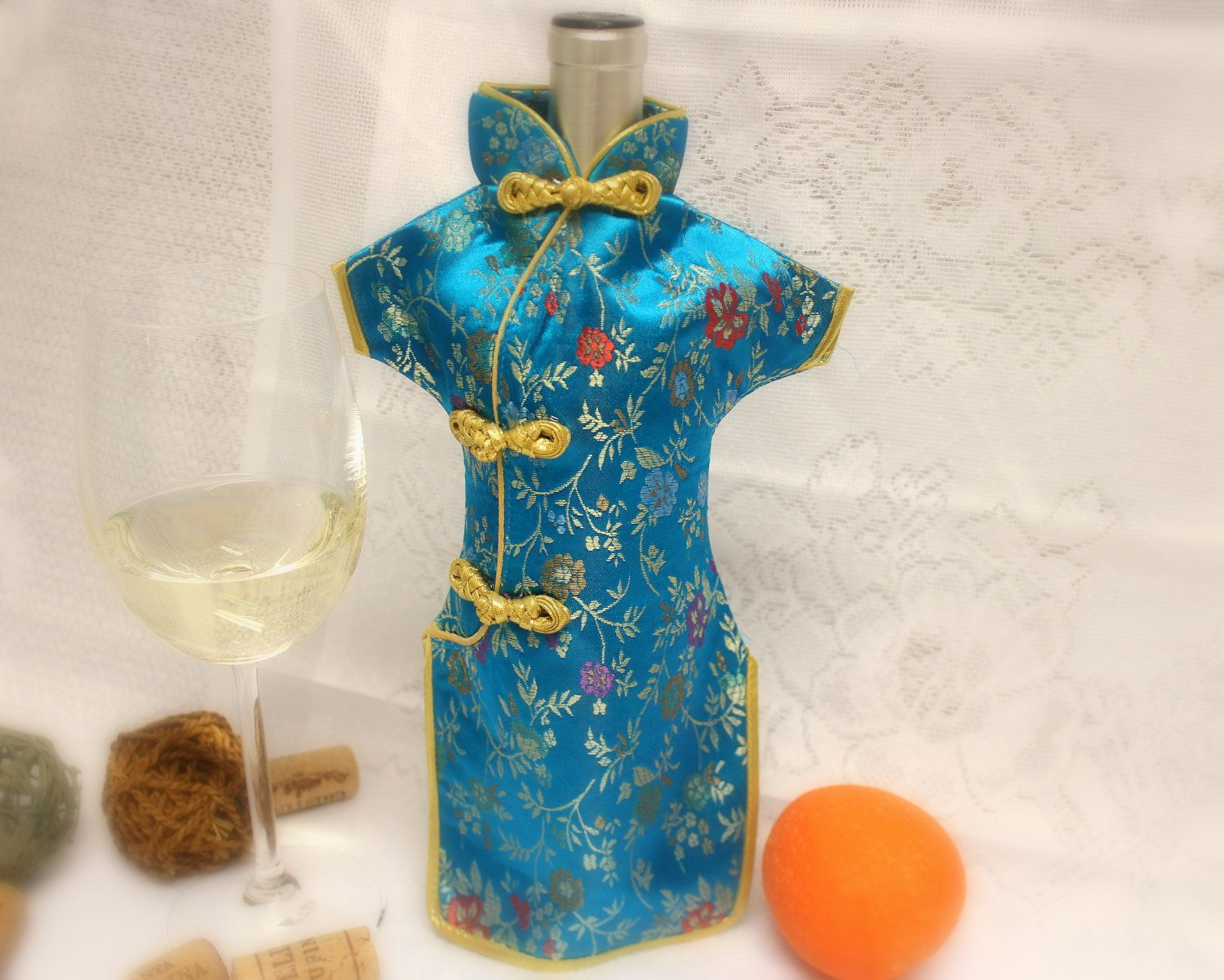 Chinese Dress Wine Bottles Cover | Botellas de vino, Chino y ...