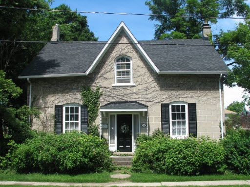 Ontario Cottage Style Houses