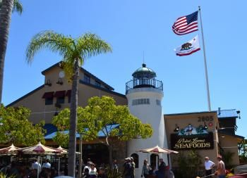 Point Loma Fish Market San Diego Great Lobster Roll Fish Fry San Diego Restaurants San Diego Food San Diego
