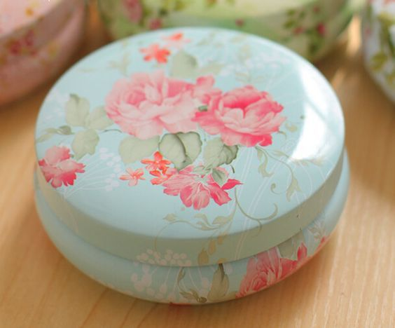 Design your own beautiful metal tin with beautiful flowers or design you like on it.