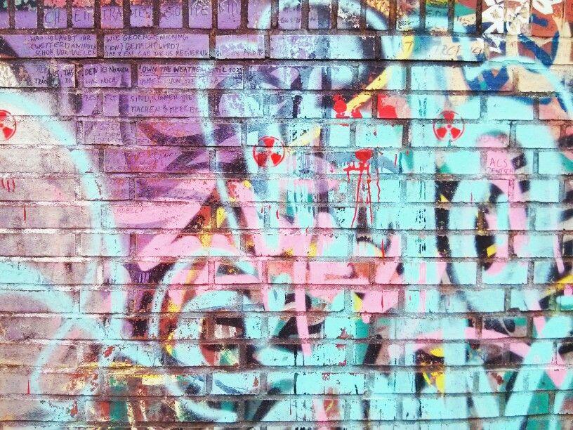 Pastel Berlin graffiti