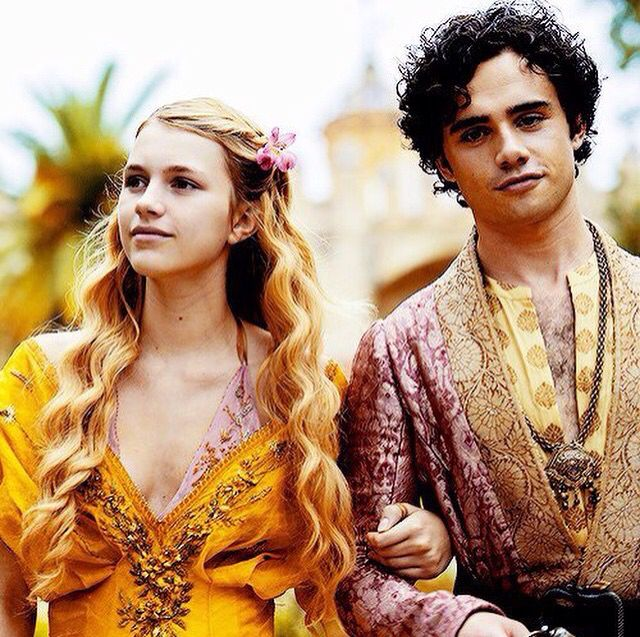 Myrcella Baratheon And Trystan Martell Got Season 5 Game Of Thrones Costumes A Song Of Ice And Fire Baratheon