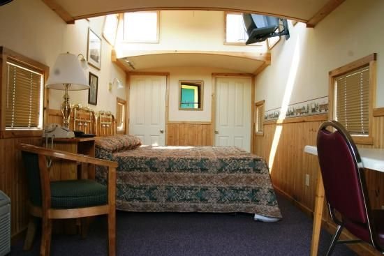 Caboose Motel Updated 2016 Hotel Reviews Usville Pa