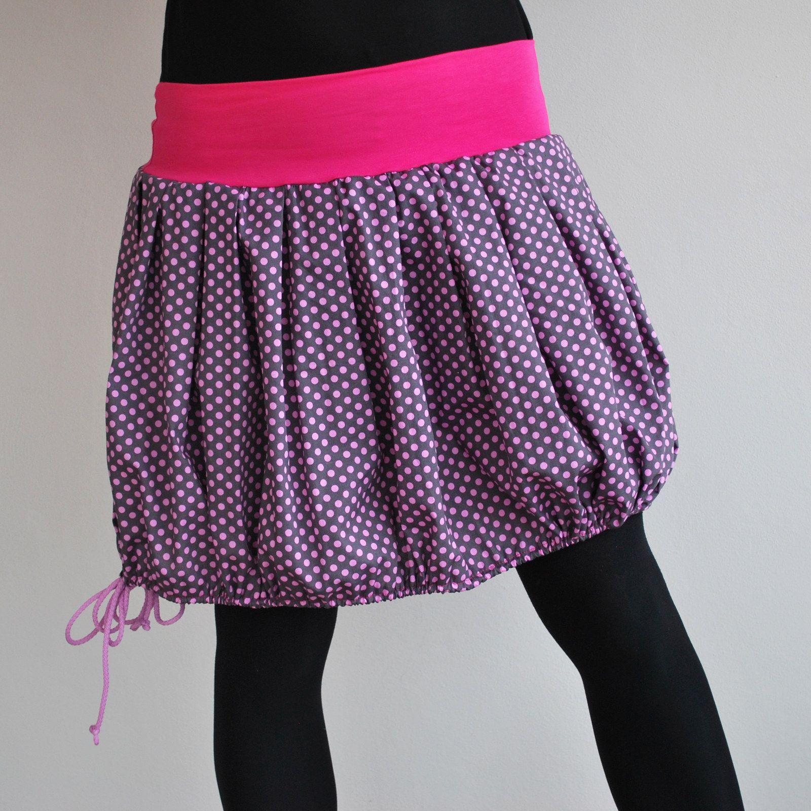a2c5b7aa1a58 Balonetka puntíkatá Krátká sukně z krásné bavlněné