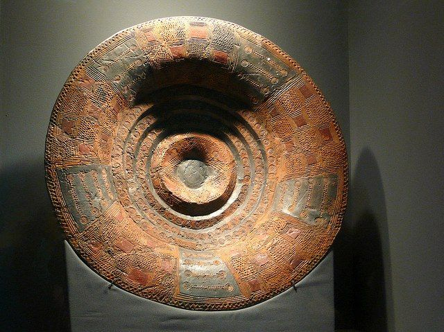 Celtic Ceramic Bowl From Gomadingen Germany 700 650 Bc This Bowl Is Part Of The Grave Goods From An Elite Burial Such Bowls We Ancient Celts Celtic Ancient
