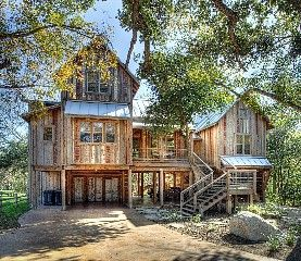 New Braunfels House Photo Front Exterior Rustic Houses Exterior Rustic Home Design Rustic Exterior