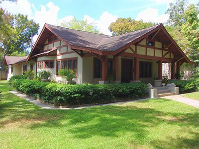 Would love to build my own arts crafts syle bungalow and for Craftsman home builders houston