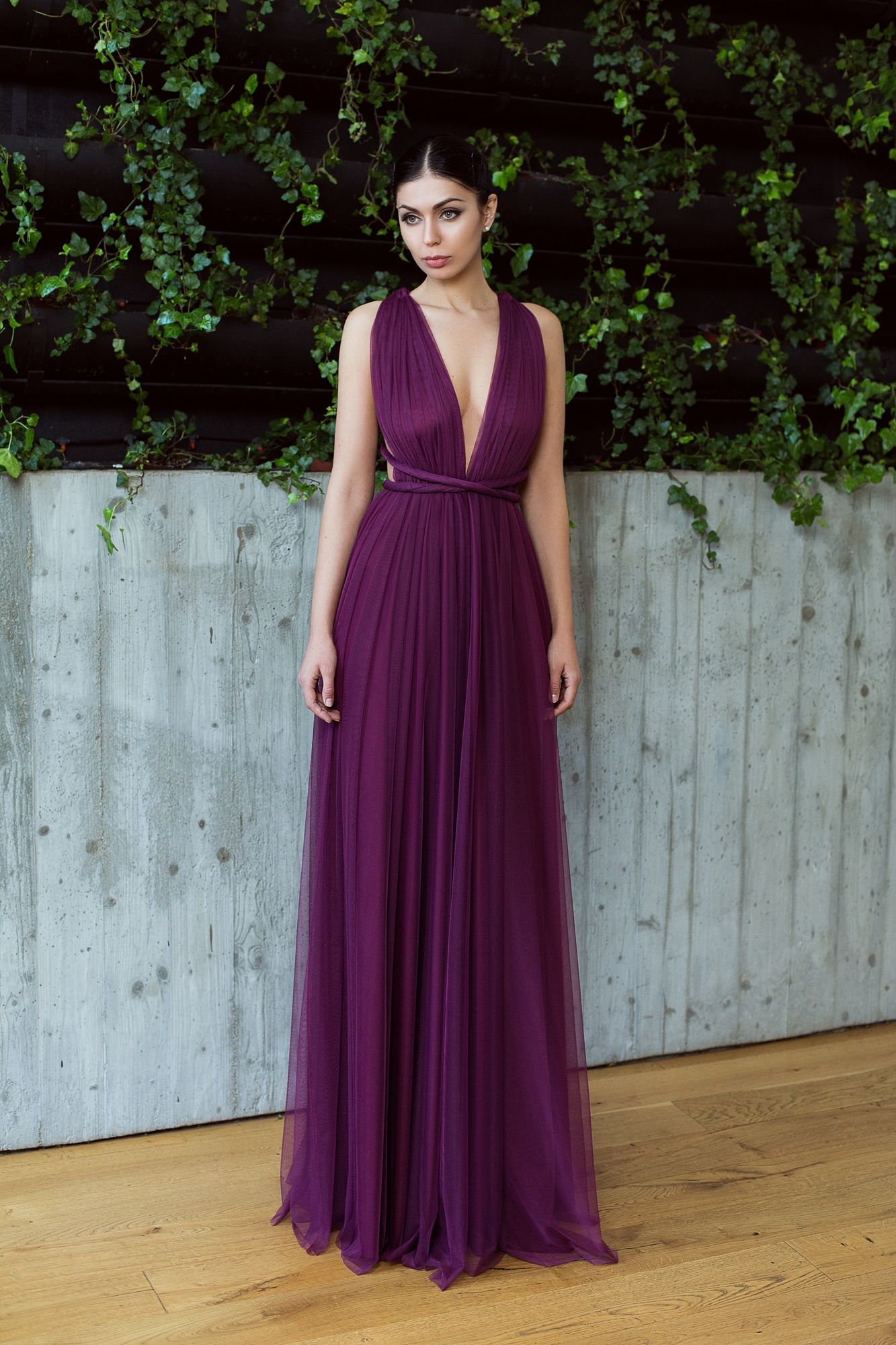 Marsala backless tulle dress   tulle gown   wedding guest dress   bridesmaids  dress   bridesmaids gown   Rochie decollate   Rochie cu spatele gol din  tulle ... cd7d3904078e