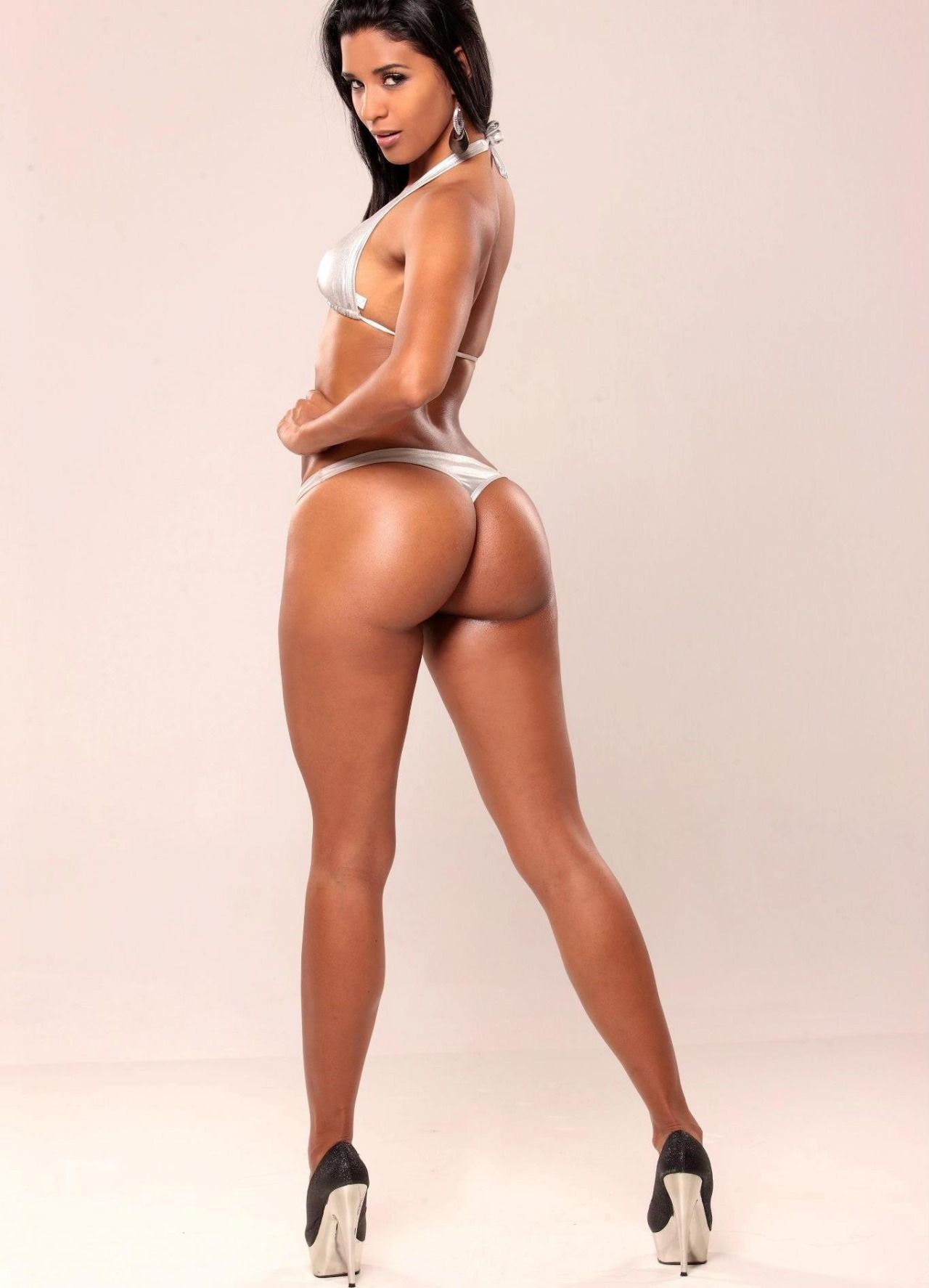 Thick bodied women