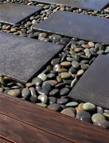 River rock and concrete combo Gardening Pinterest Jardins