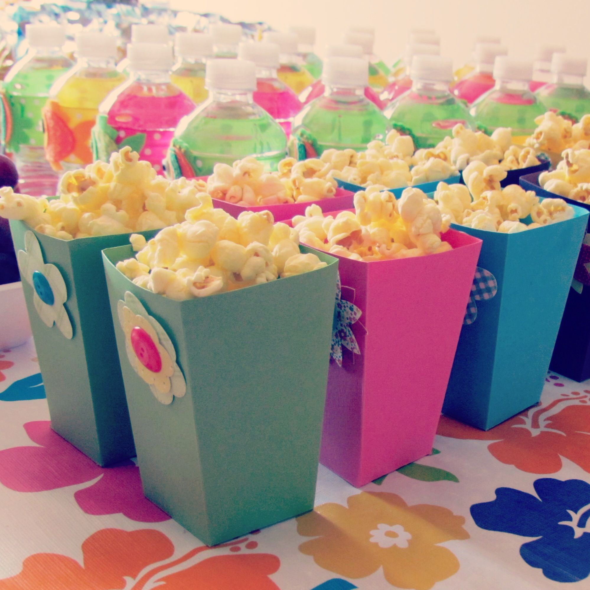 Hawaiian Luau Popcorn Boxes | Graduation Ideas | Pinterest