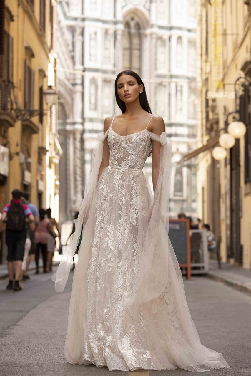 Lovella Bridal Muse By Berta Fabia Wedding Dress Los Angeles Download In 2020 Wedding Dresses Berta Wedding Gowns Muse By Berta