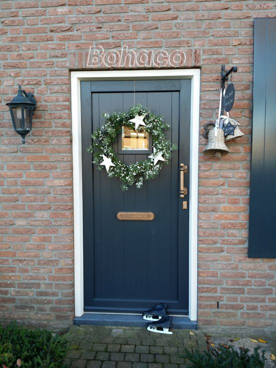 What do you think of this Old Dutch Plastic front door? We …