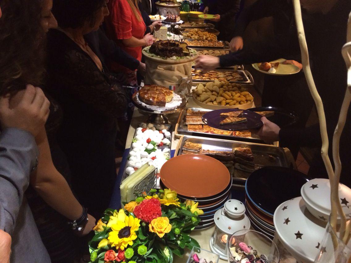 Ricco Buffet Per Festa Di Compleanno Foto Allestimenti Buffet