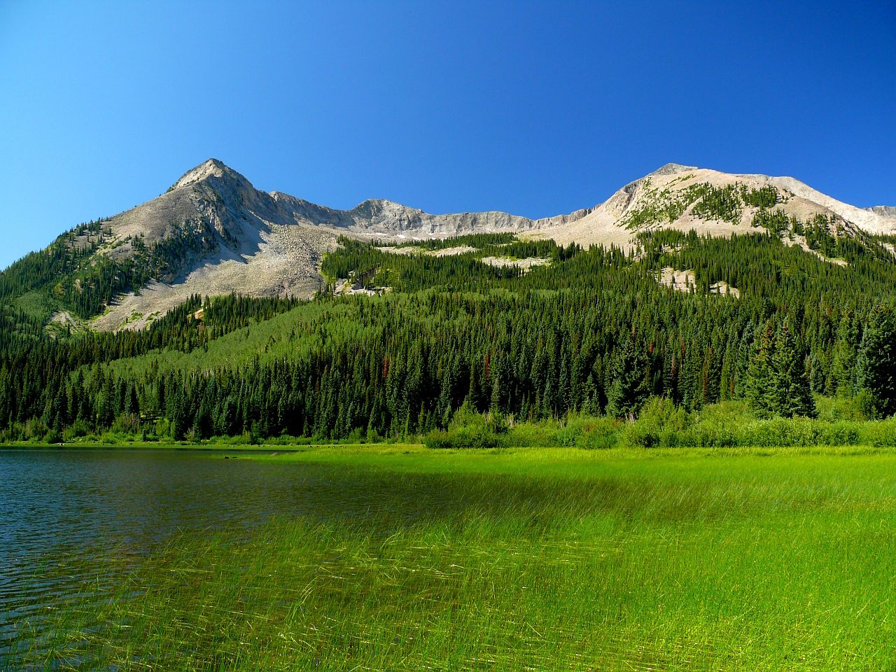 Beckwith Mountains