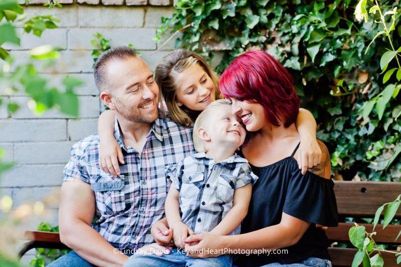 Family Photography    Key and Heart Photography by Lindsay Davis Tehachapi, CA www.KeyandHeartPhotography.com