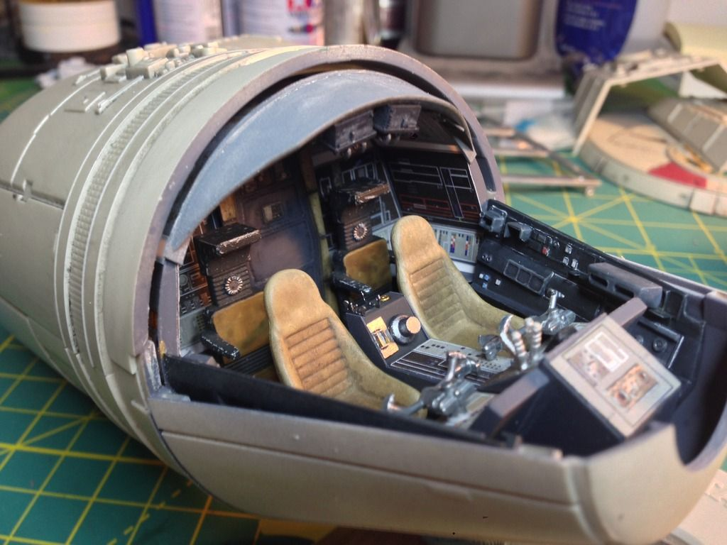 Displaying images for millenium falcon cockpit wallpaper - Image Result For Millennium Falcon Hold Interior Deagostini