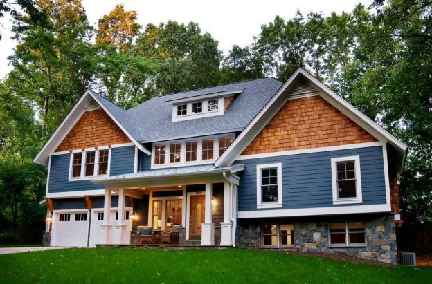 Best Roofing Shingles Vs Cedar Shakes Costs Plus Pros Cons In 2020 House Exterior Blue 400 x 300