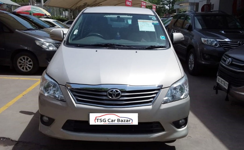 Find used Toyota Innova car with good condition at