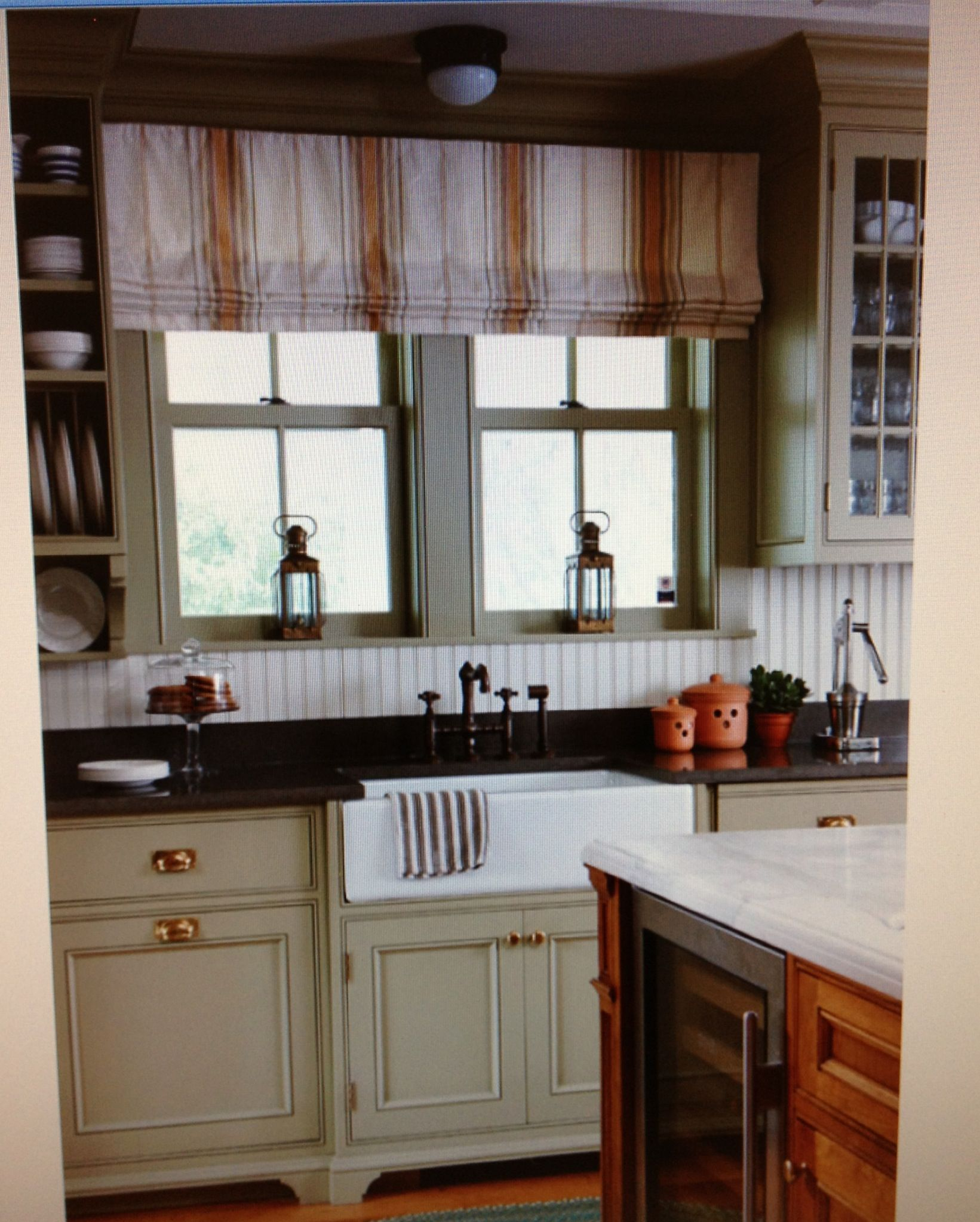 Pretty Cottage Kitchen Kitchen Ideas Farmhouse Kitchen Curtains