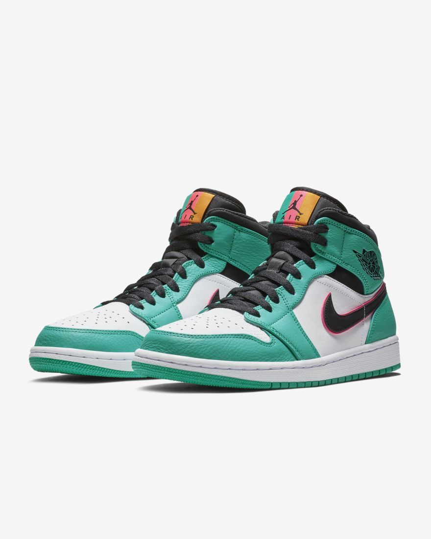 e91719ef91b4 Nike Men's Shoe Air Jordan 1 Mid SE in 2019 | Watch His Feet ...