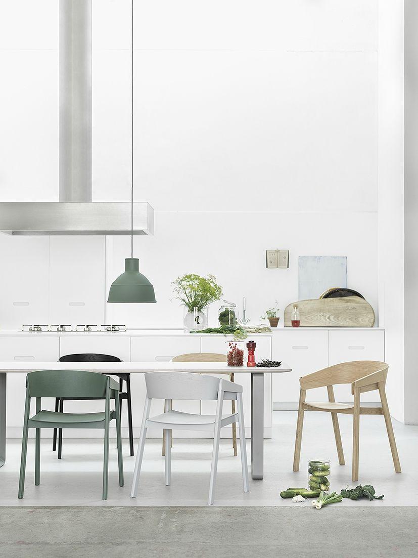 Cover de Muuto by Thomas Bentzen. Hecha en madera de roble #Nordika #sillas #muebles #interiorismo