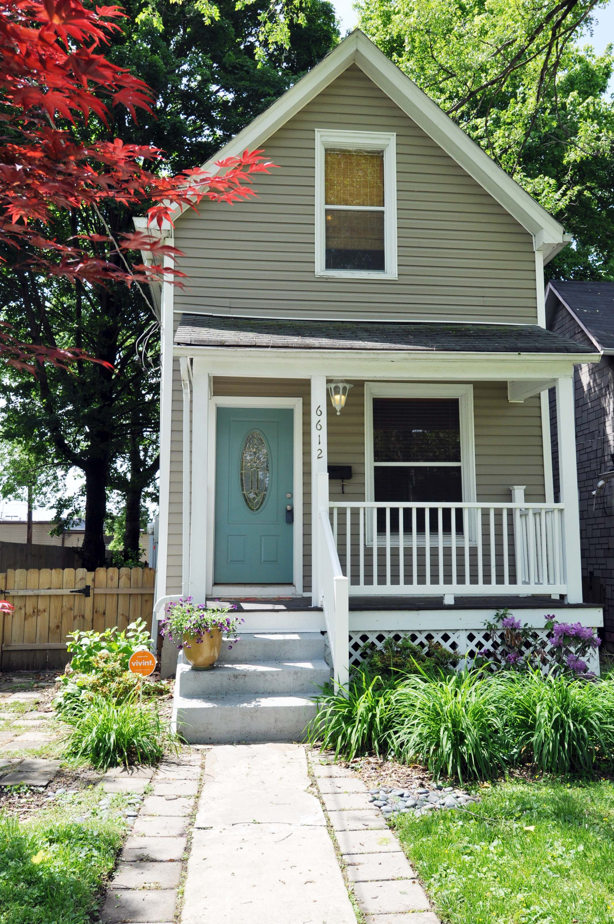 (c.) 1906 - Charming Home with CHARACTER! Step up onto ...