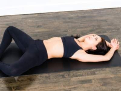 best yoga poses for beginners  posture de yoga exercice