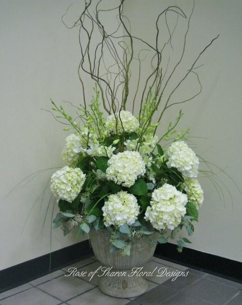 3 Centerpiece Inspiration Hydrangeas Curly Willow Tall Glass Vase Will Be Used Urn Arrangements Curly Willow Centerpieces Dendrobium Orchids