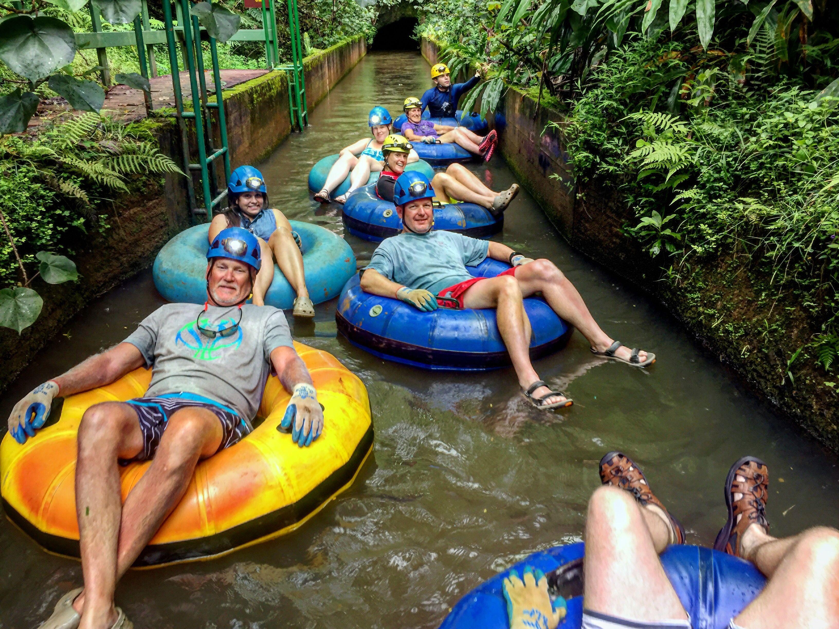 Just go with the flow!!🙌🏾❤️🤗💙🏞🌿✨🤙🏾🤙🏾 #tubing #tubingkauai #kauaitubing #kauai #lethawaiihappen #gowiththeflow #hawaii #kauaibound #hawaiibound #vacation