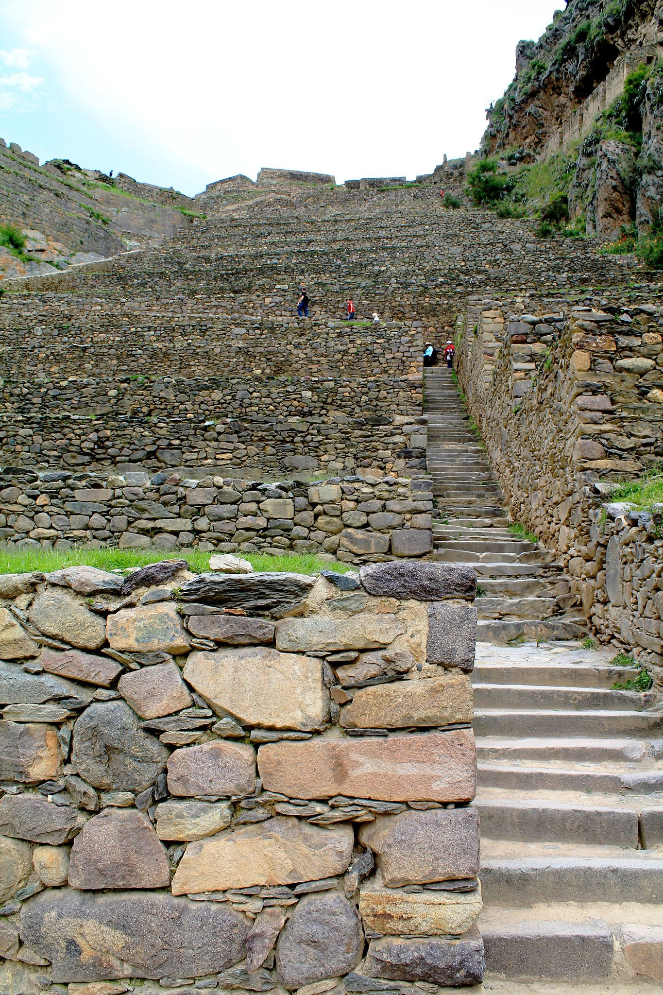 Ollantaytambo is a town and an Inca archaeological site in southern Peru some 60 kilometers northwest of the city of Cusco