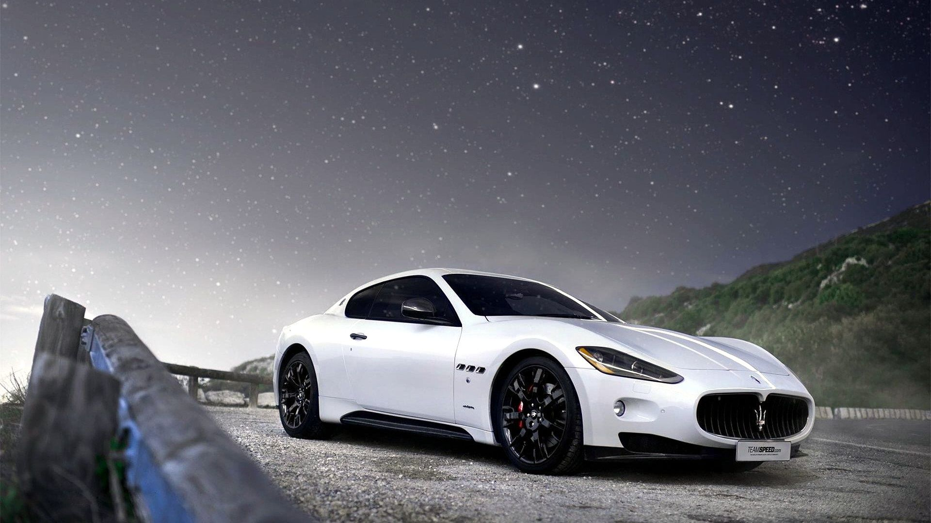 Maserati GranTurismo in white on hd wallpapers from http