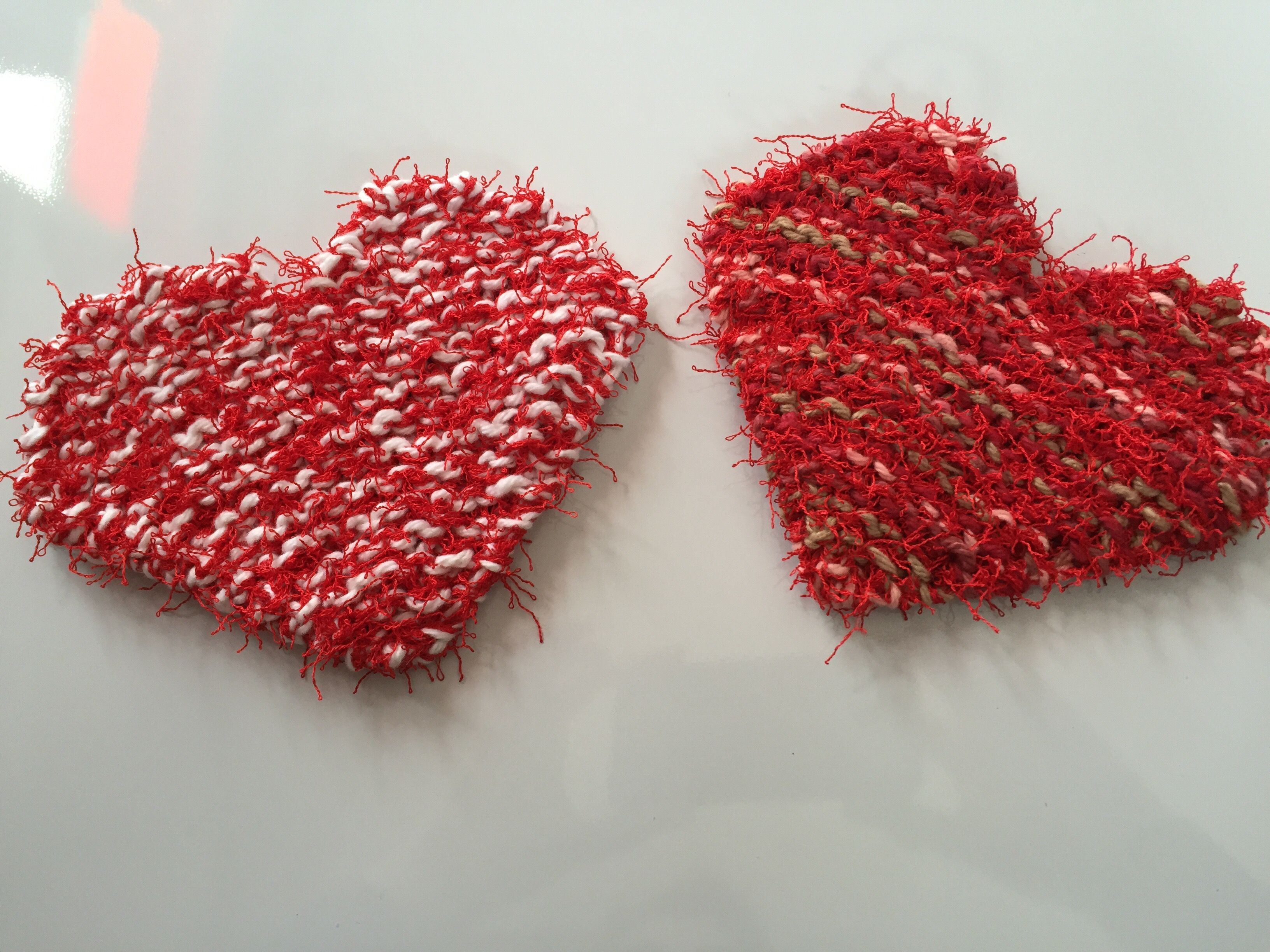 Valentine heart scrubby pattern scrubby yarn garter stitch and an easy garter stitch heart knitting pattern using the polyester scrubby yarn bankloansurffo Image collections