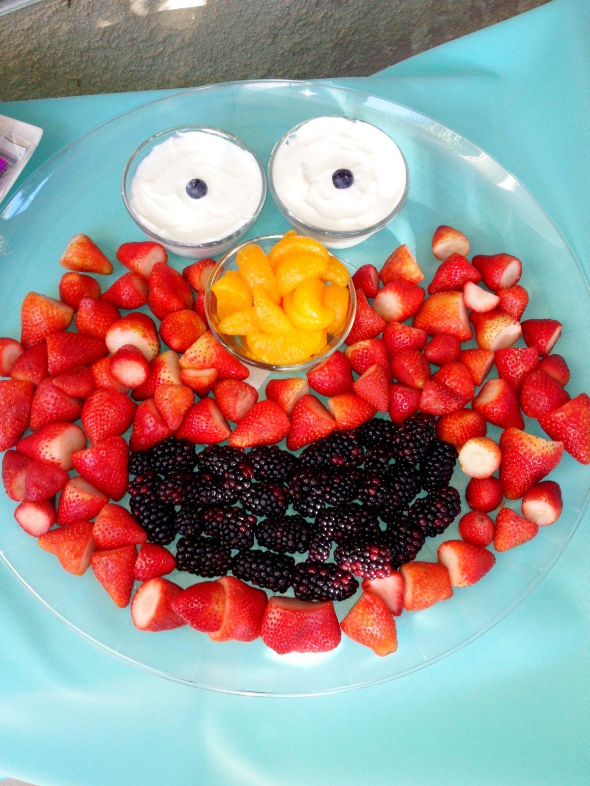 Elmo fruit platter for my friend's 2 year old | Girl ...