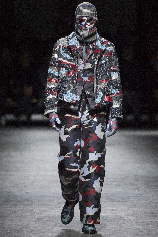 Moncler Gamme Bleu Fall 2016 Menswear Fashion Show 2016