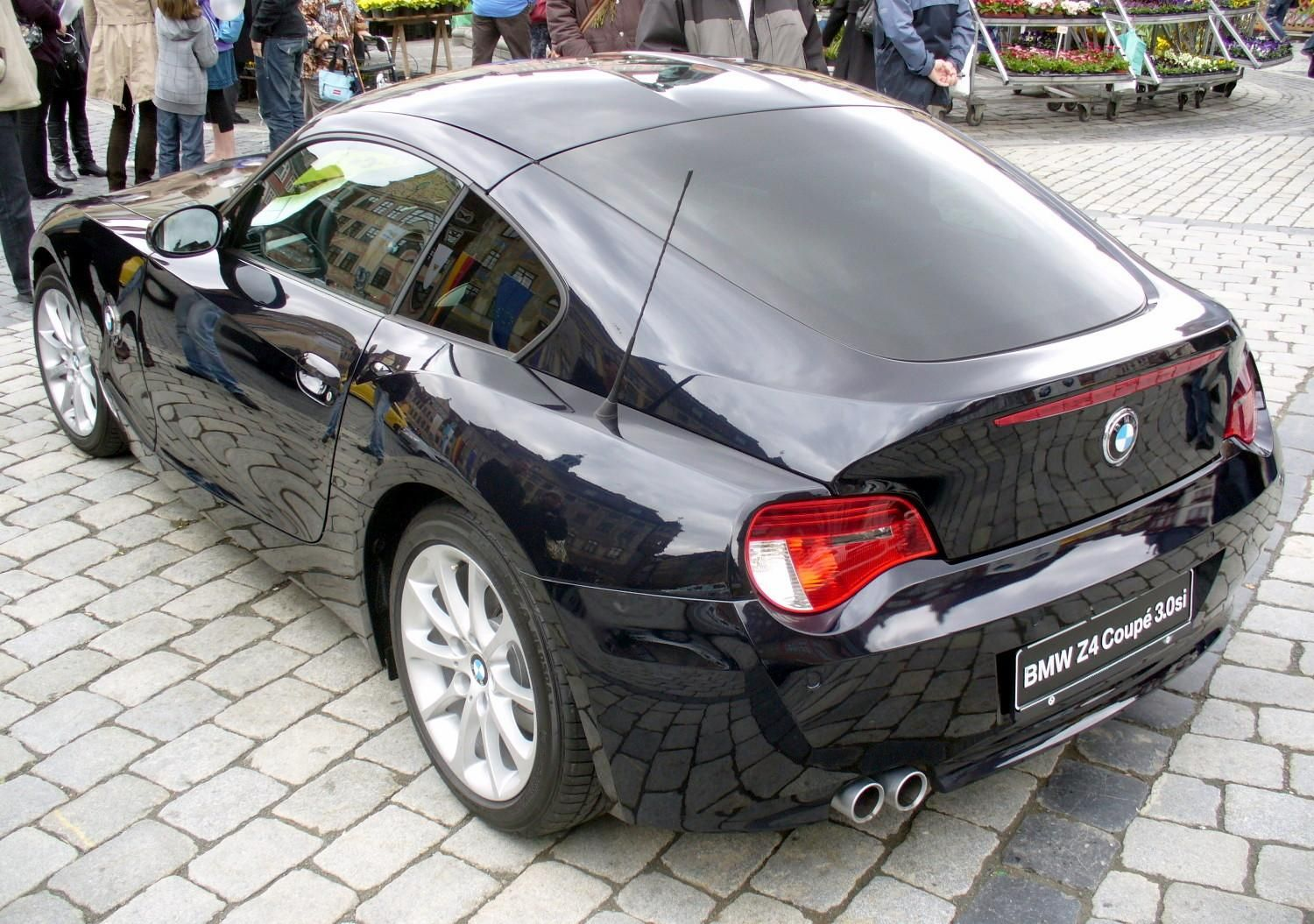 Bmw Z4 3 0si Coupe As Much As I Love My Car Part Of Me