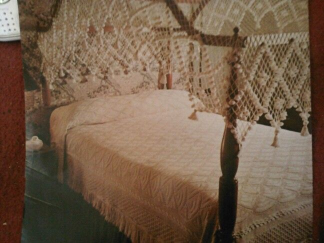 Gorgeous old fashion bed with crochet canopy top and bed spread & Gorgeous old fashion bed with crochet canopy top and bed spread ...