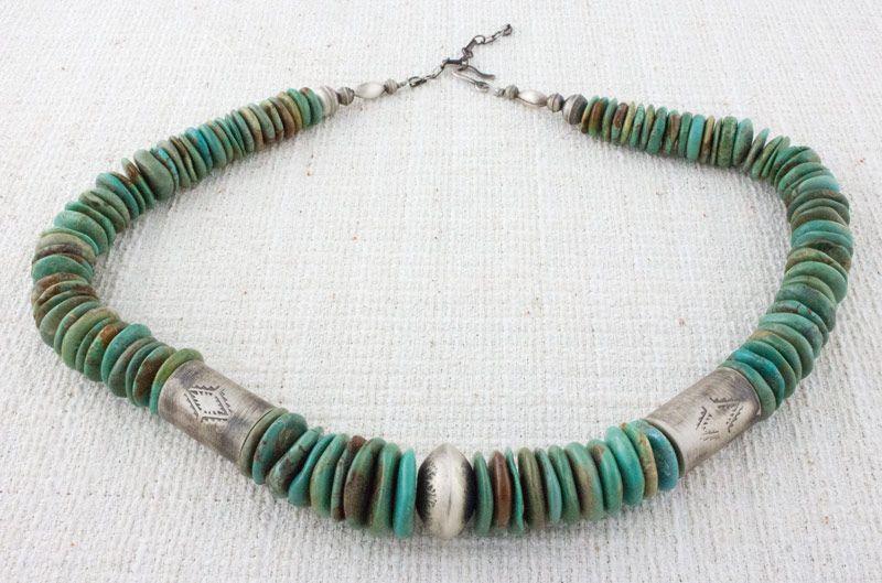 Santo Domingo Kingman Turquoise Disc Bead Necklace