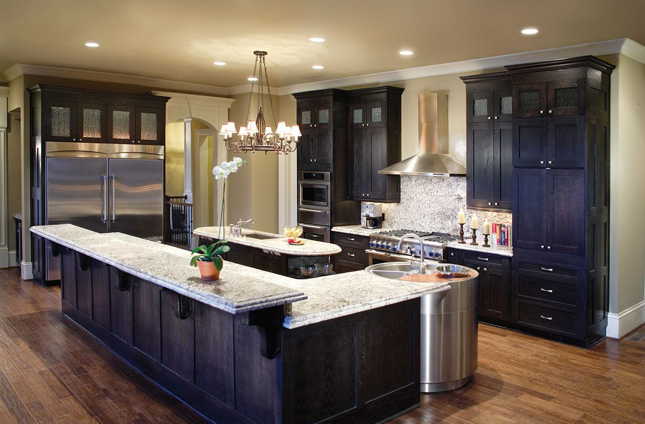 Black cabinets white countertops white kitchen cabinets for Beautiful black kitchens