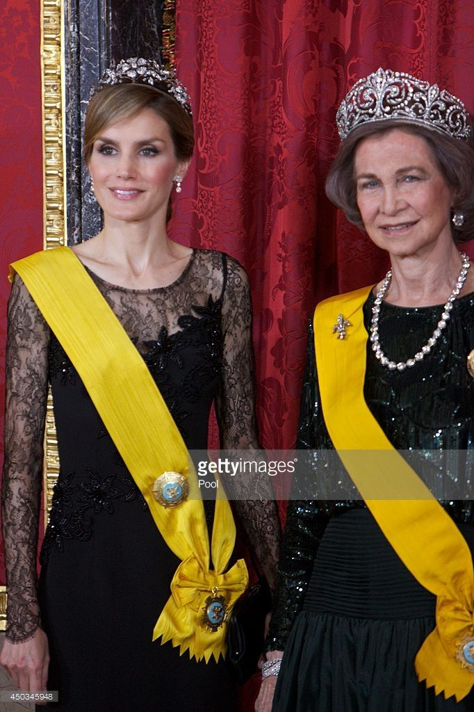 spanish royals host a dinner with president of mexico and his wife