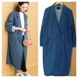今季、大人気のデニムコートです 現在販売中  お色はブルー  新品未使用 元値は10260円でした