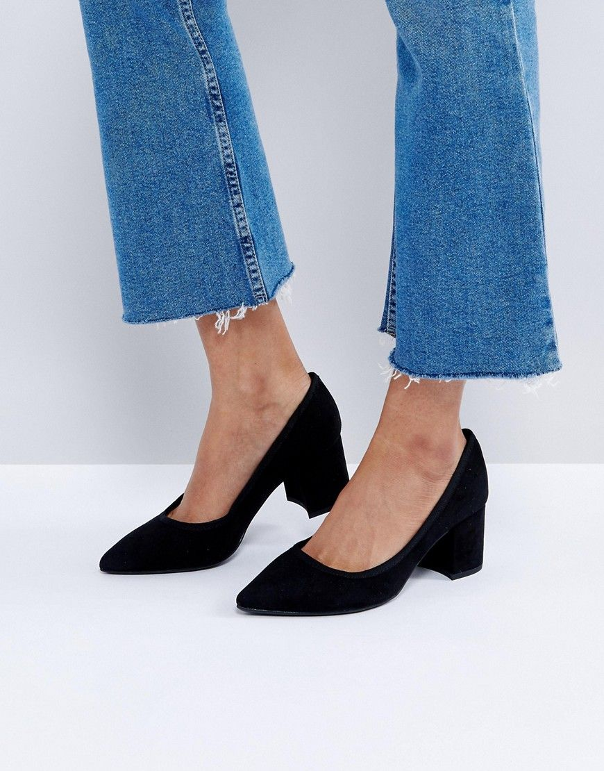 f486cd434c Bershka Chunky Heel Court Shoe - Black   Shoes and Accessories in ...