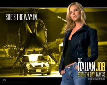 Charlize Theron As Stella Bridger In The Italian Job Kick Ass Heroines