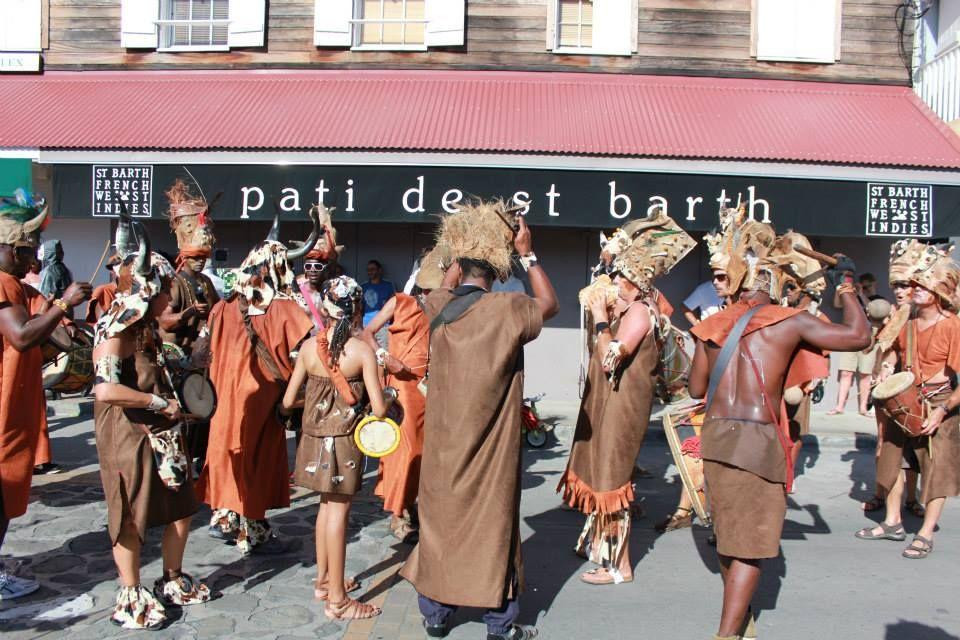 fun street party in St Barth's Carnival -Photo (c)  pati de saint barth #mardigasparty #