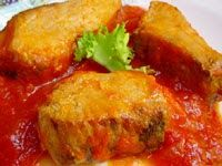 Ingredientes :  -180 gr de cebolla  -2 dientes de ajo  -50 gr de pimiento verde  -50 gr de aceite  -1 lata de 400 gr de tomate triturado  -5...
