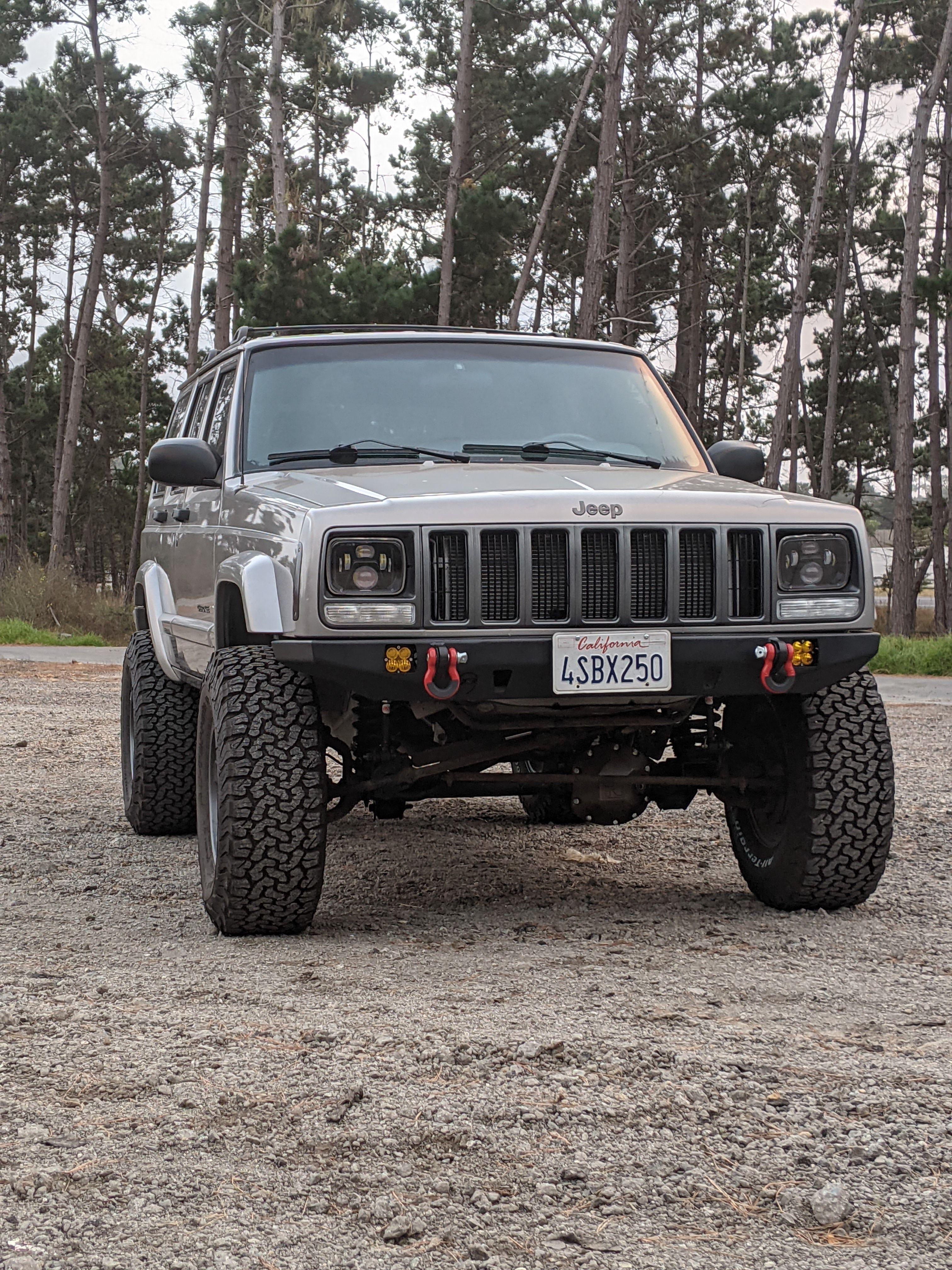 Jeep Cherokee Xj In 2021 Jeep Cherokee Xj Jeep Cherokee Bumpers Jeep Cherokee