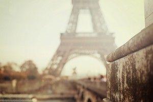 Bokeh Eiffel Tower Hd Wallpaper Desktop Wallpaper Pinterest